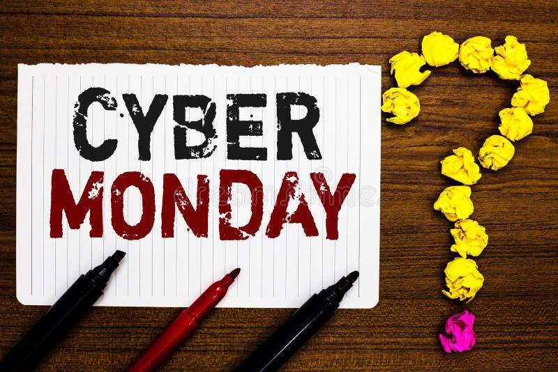 Handschriftstext-Schreiben Cyber Montag Konzeptbedeutung Marketingbegriff für Montag nach Erntedankfest in der US-Papiermarkierun lizenzfreie stockbilder
