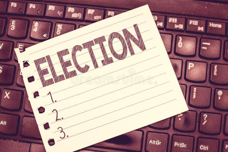 Handschriftstext-Schreiben Wahl Formale und organisierte Wahl der Konzeptbedeutung durch die Abstimmung, die für politisches zeig lizenzfreie stockfotos