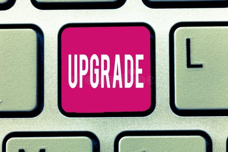Handschriftstext Verbesserung Konzeptbedeutung Erhöhung etwas zum höheren Standard Improve machen besser zu erhöhen lizenzfreies stockfoto