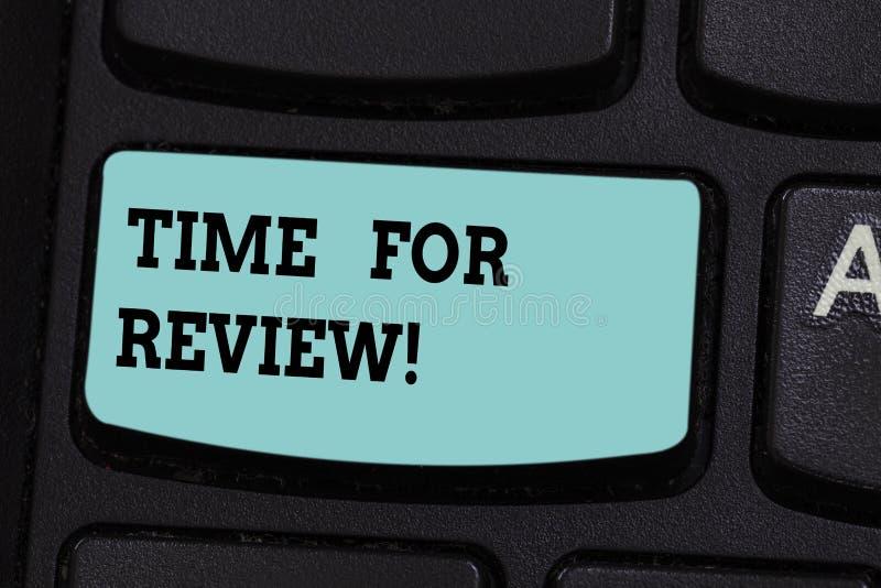 Handschriftstext Zeit für Bericht Schlüsselabsicht Konzeptbedeutung Bewertungs-Feedback-Moment Perforanalysisce Rate Assess Keybo stockfoto