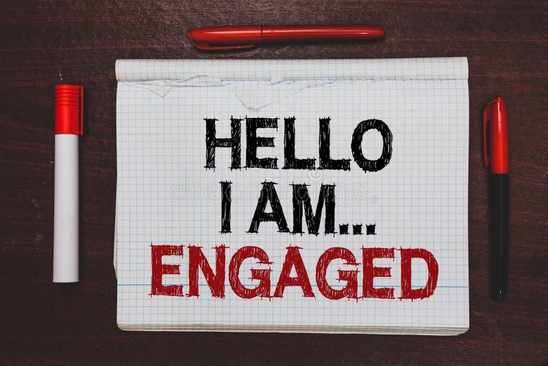 Handschriftstextschreiben hallo bin ich ineinandergegriffen Konzeptbedeutung gab er den Ring, den wir Hochzeit schriftliches Schw lizenzfreies stockbild