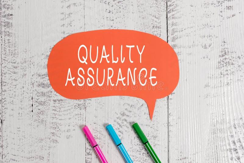Handschriftstextschreiben Qualit?tssicherung Konzeptbedeutung stellt ein bestimmtes Qualit?tsniveau hergestellte Anforderung sich lizenzfreie stockbilder