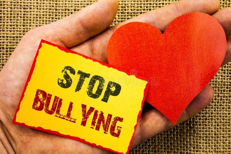 Handschriftstextvertretung Endeinschüchterung Geschäftskonzept für Bewusstseins-Problem über das Gewalttätigkeits-Missbrauchs-Tyr stockbild