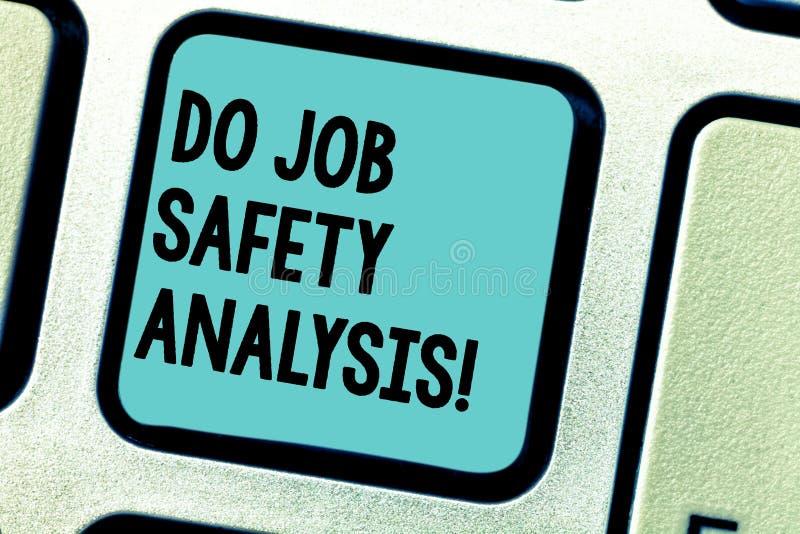 Handschrifttekst het schrijven maakt Veiligheids van het werkanalyse E stock afbeelding