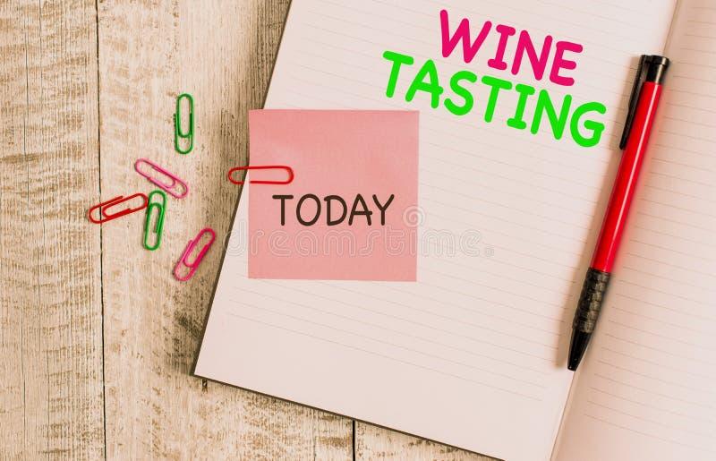 Handschrifttext Weinprobe Konzept bedeutet 'Degustation Alcohol Social sammelt Gourmet Winery Drinking Thick-Seiten stockfotografie