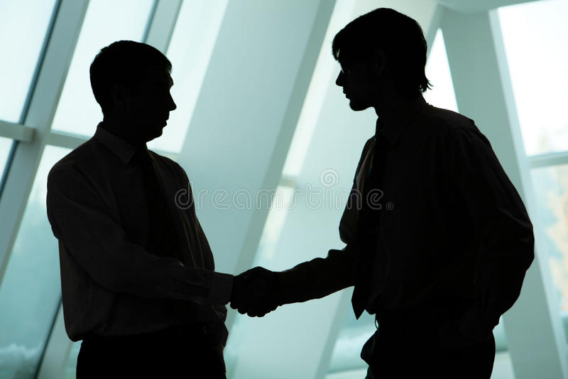 handshakingmän arkivfoton