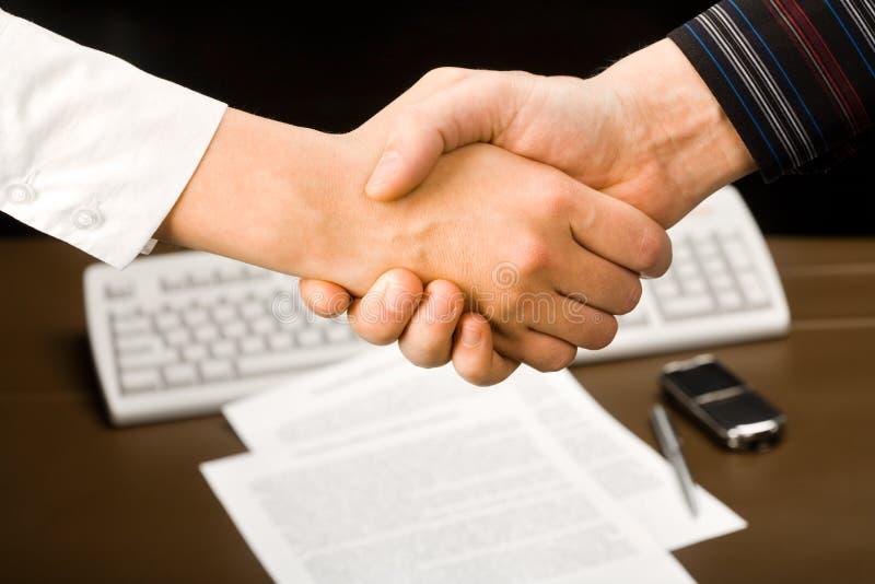 handskakning royaltyfri fotografi