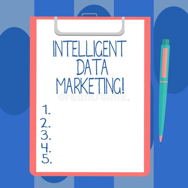 Handskrifttext som skriver intelligent datamarknadsföring Begreppet som betyder information som är relevant till ett målkonto s,  royaltyfri illustrationer
