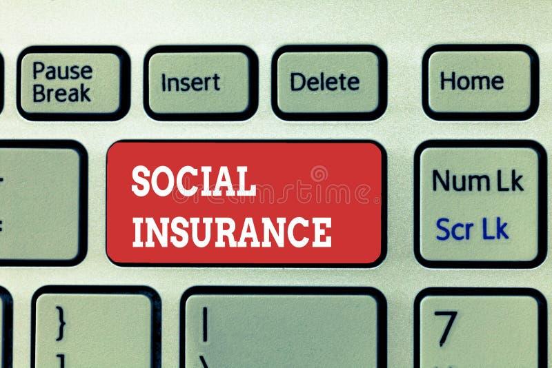 Handskrifttext som skriver social försäkring Menande skydd för begrepp av individen mot ekonomiska faror arkivbild