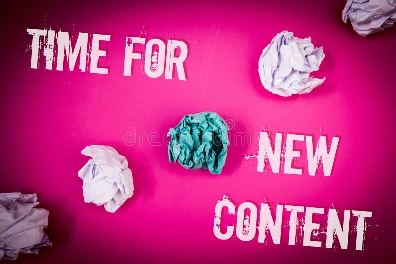 Handskrifttext Tid för nytt innehåll Ljus för begrepp för uppdatering för begreppsbetydelseCopyright publikation publicerande - r royaltyfri bild