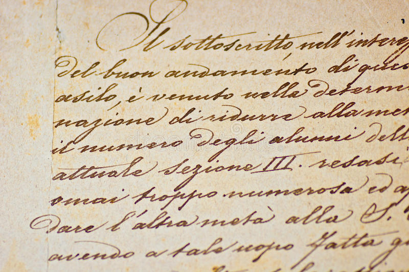 handskriven italiensk texttappning arkivfoto