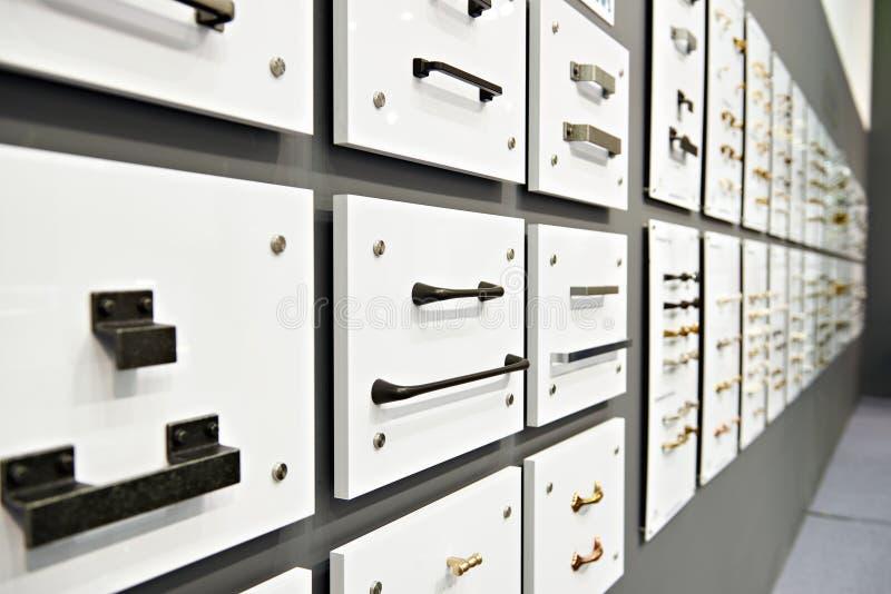 Handvatten voor vakjes en toebehorenmeubilair in ijzerhandel royalty-vrije stock afbeelding