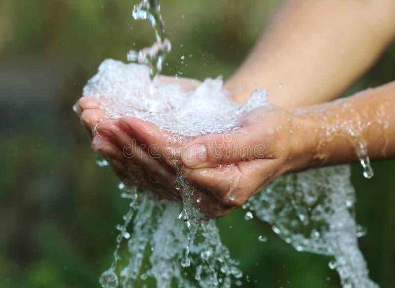 Handvol van water stock afbeelding
