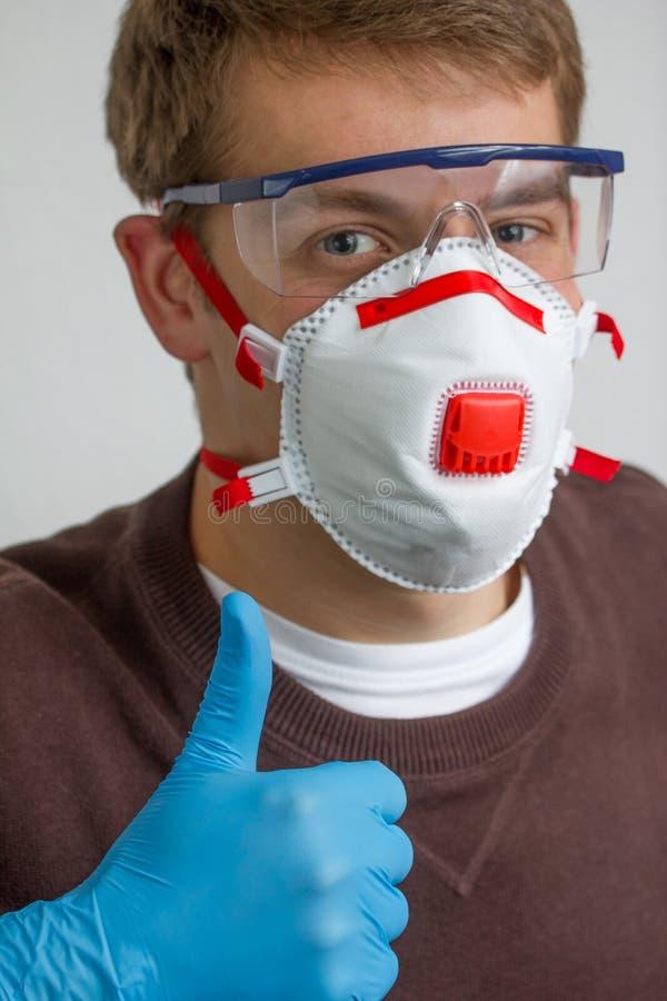 Handwerker mit Mundstück lizenzfreie stockbilder