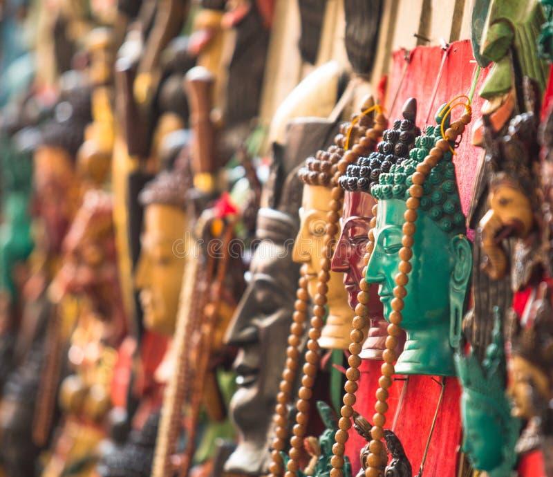 Handwerkkünste in Kathmandu (Buddha-Köpfe), Nepal lizenzfreies stockbild