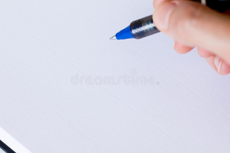 Handwriting, ręka pisze piórze w notatniku fotografia stock