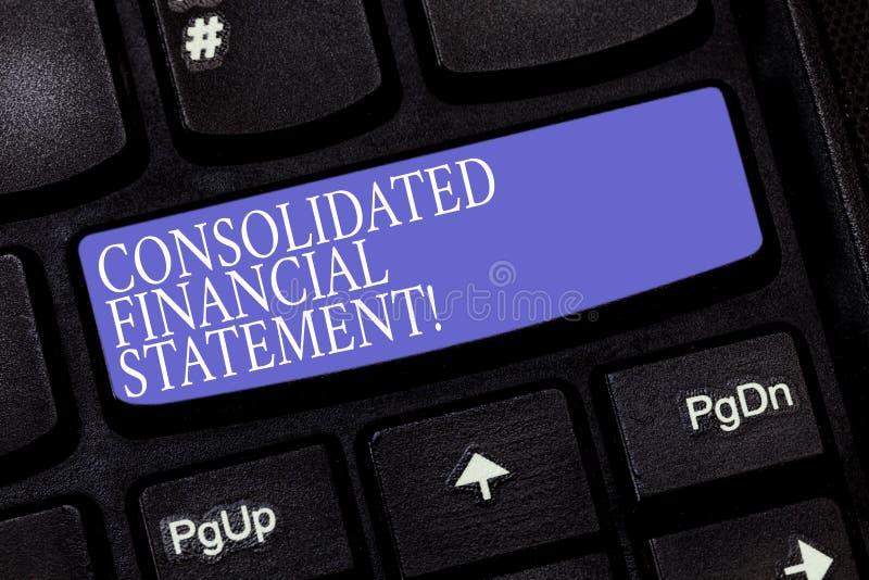 Handwriting tekst Konsolidujący sprawozdanie finansowe Pojęcia znaczenia sumy zdrowie cała grupa spółek klawiatura zdjęcie royalty free