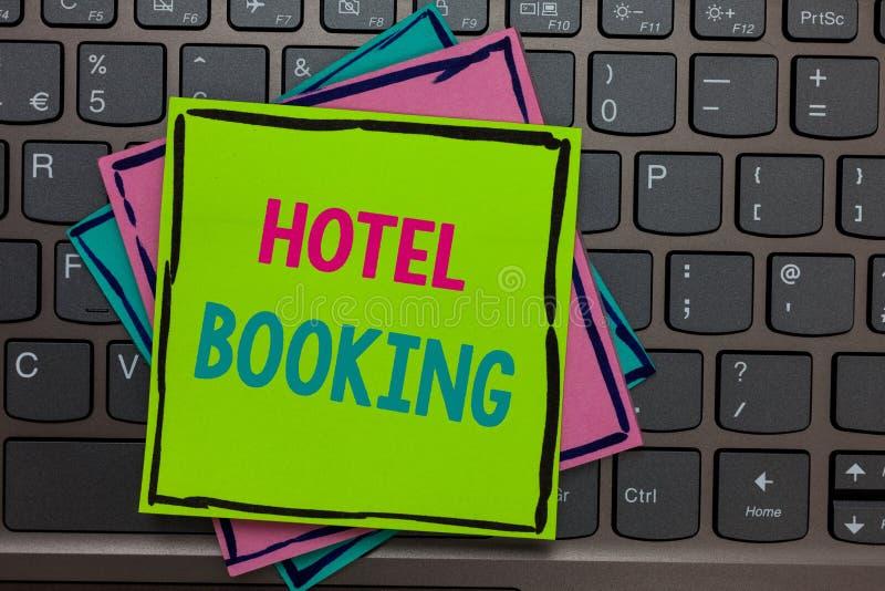 Handwriting tekst pisze Hotelowej rezerwaci Pojęcie znaczy Online rezerwacji Prezydenckiego apartament De Luxe Gościnność Tapetuj fotografia stock