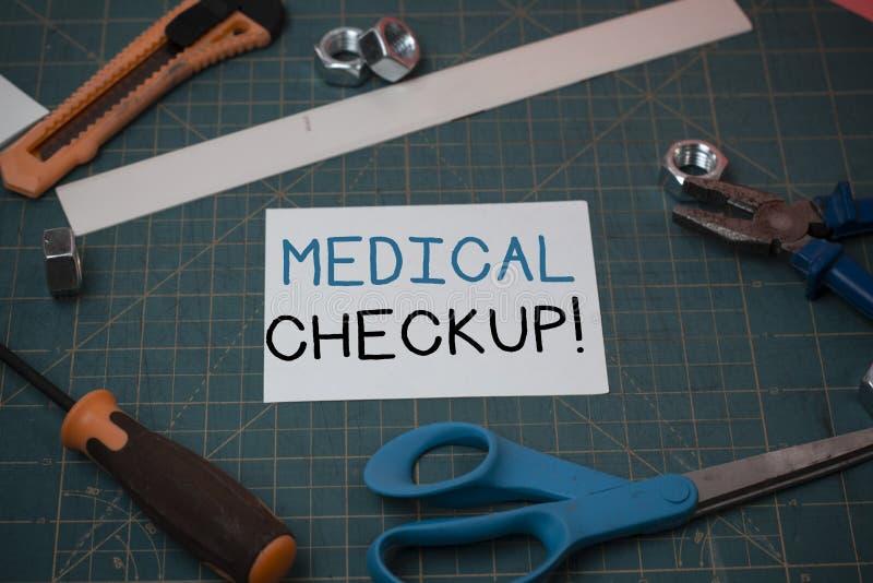 Handwriting teksta Medyczny Checkup Pojęcie znaczy gruntownego fizycznego egzamin zawiera rozmaitość test ciesielka zdjęcia stock