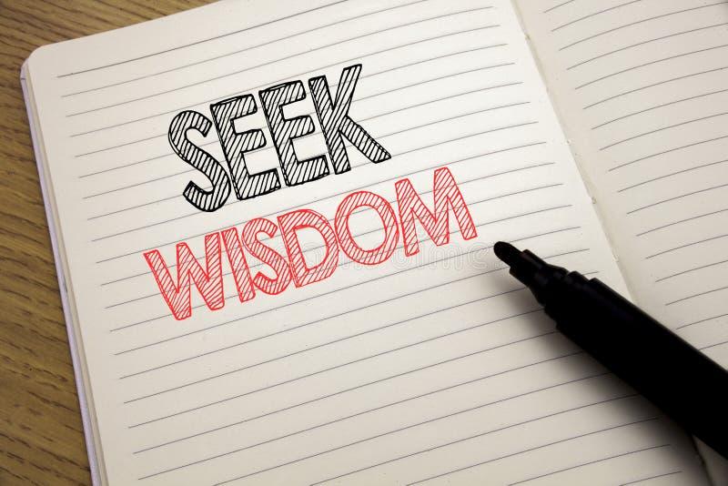 Handwriting zawiadomienia teksta seansu aport mądrość Biznesowy pojęcie dla inspiraci wiedzy pisać na notatniku z kopii przestrze zdjęcia stock