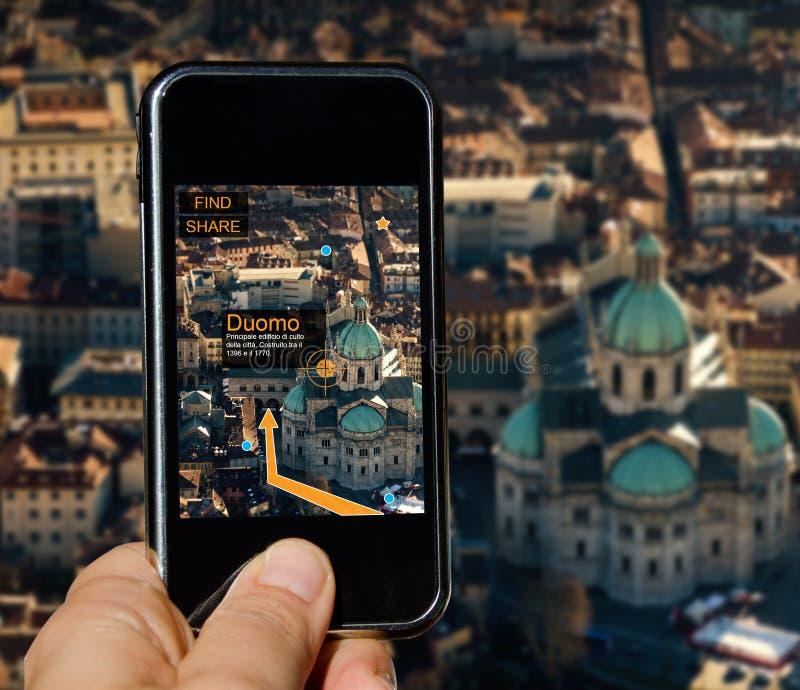 Handy mit agumented Wirklichkeit stockbild