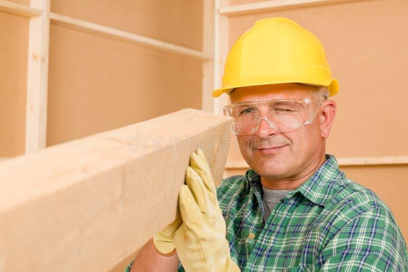 handyman ώριμο μέτρο ξυλουργών α&kappa στοκ εικόνες με δικαίωμα ελεύθερης χρήσης