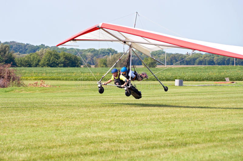 Download Hang Gliders Land In Whitewater Editorial Image - Image of people, wisconsin: 62860050