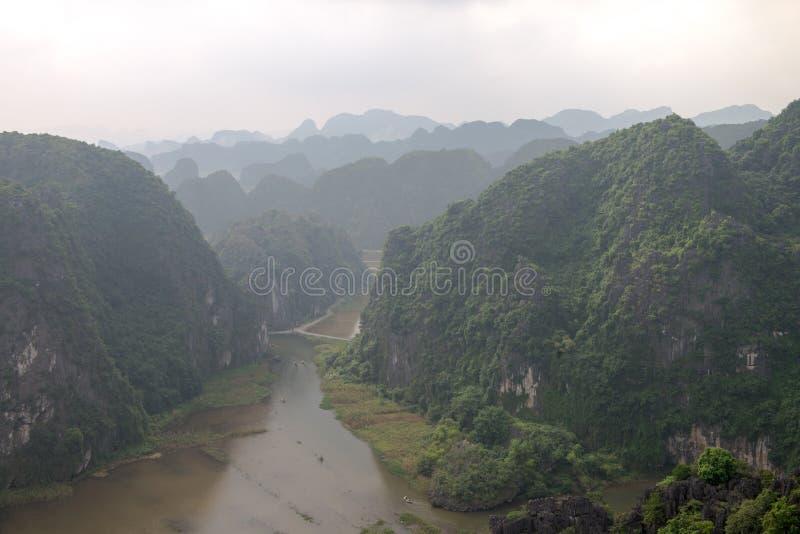 Hang Mua Temple Ninh Binh landskap, mummel Noi Vietnam Dec 2018 arkivfoton