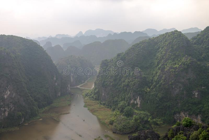 Hang Mua Temple Ninh Binh-Provincie, Ha Noi Vietnam Dec 2018 stock foto's