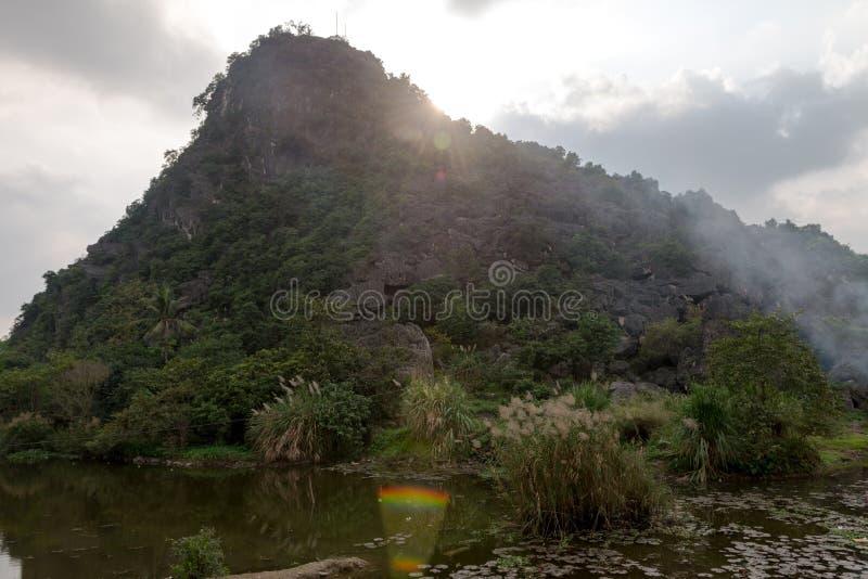 Hang Mua Temple Ninh Binh-Provincie, Ha Noi Vietnam Dec 2018 stock afbeelding