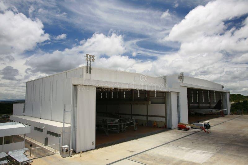 hangar image libre de droits