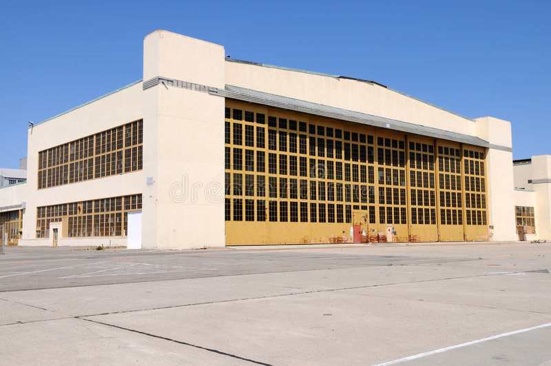 hangar arkivfoto