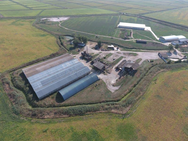 Hangar galwanizujący metali prześcieradła dla magazynu produkty rolni obrazy royalty free