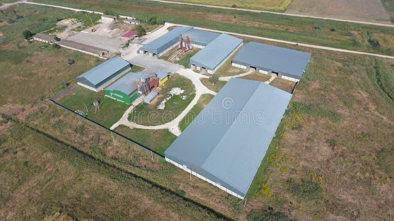 Hangar galwanizujący metali prześcieradła dla magazynu produkty rolni zdjęcie royalty free