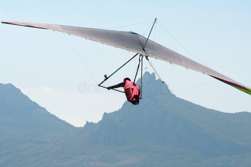 Hangglider tijdens de vlucht royalty-vrije stock afbeeldingen
