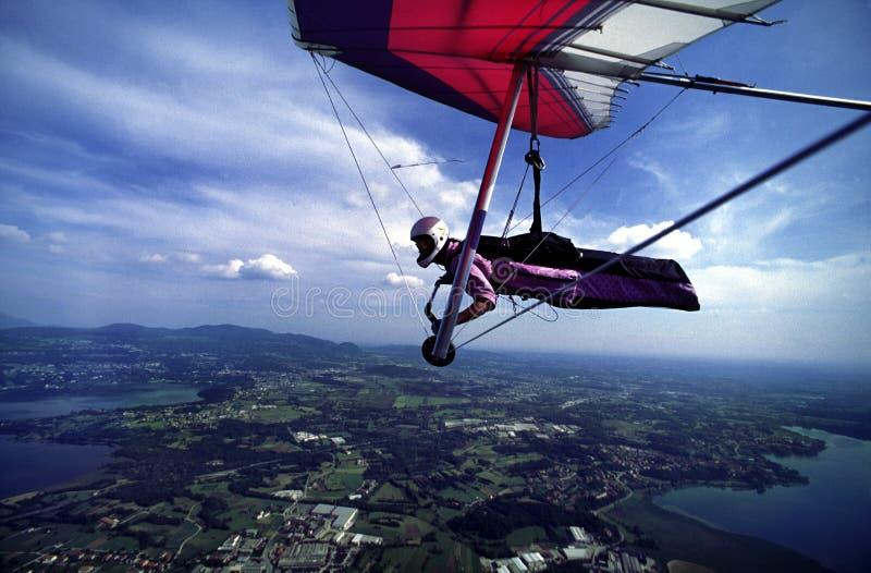 Hanggliding all'Italia del nord 1 fotografia stock libera da diritti