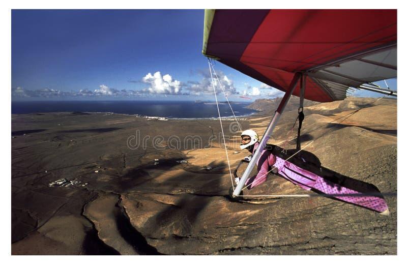 Hanggliding em Lanzarote 4 foto de stock