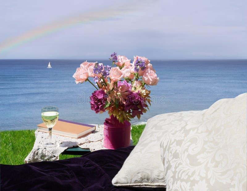 Hangmat met oceaanmening stock foto
