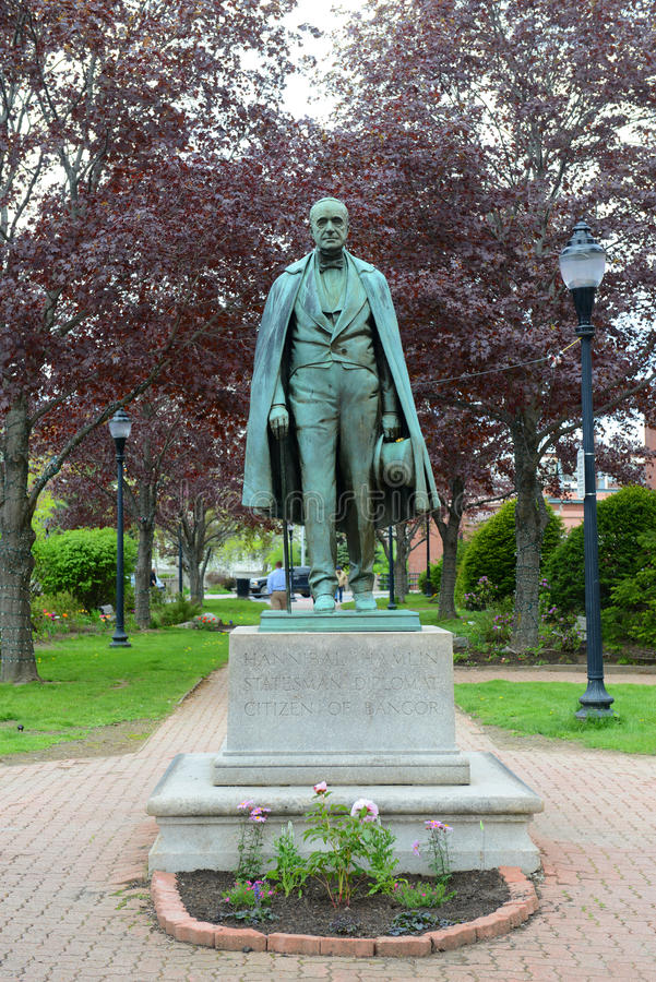 Hannibal Hamlin Statue i i stadens centrum Bangor, Maine royaltyfri foto