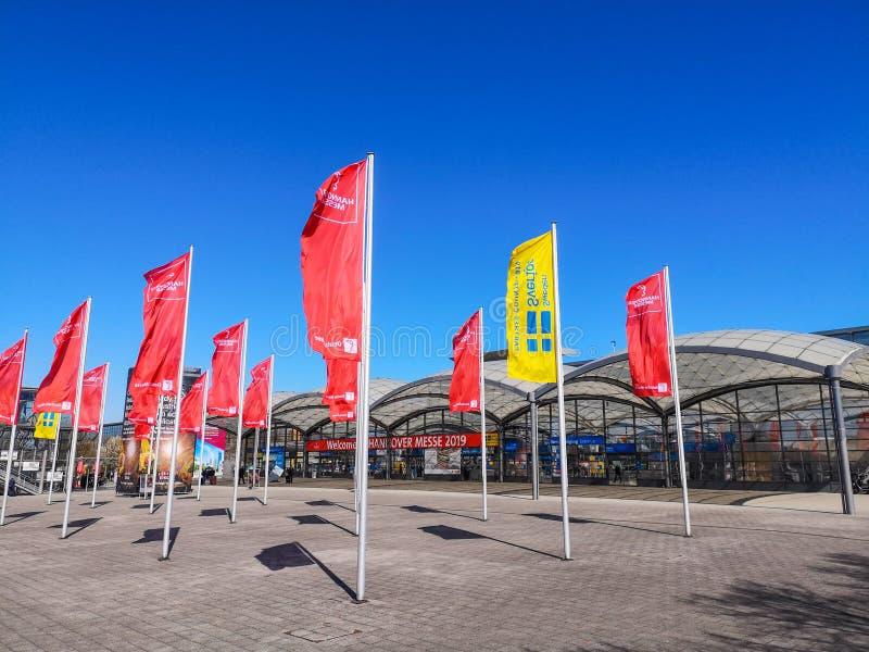 Hannover, Alemanha - em abril de 2019: Entrada da edição 2019 de Hannover Messe com a Suécia como o país de sócio foto de stock