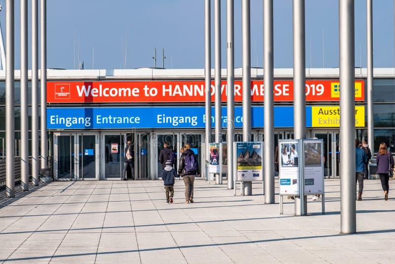 Hannover, Deutschland - 2. April 2019: Die HANNOVER-MESSE bleibt der führende Schaukasten der Welt für Industrietechnik stockfoto