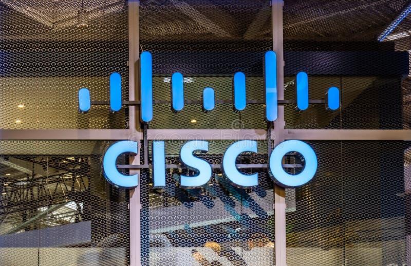 Hannover, Germania - 2 aprile 2019: Cisco sta visualizzando le nuove innovazioni a Hannover Messe fotografia stock libera da diritti