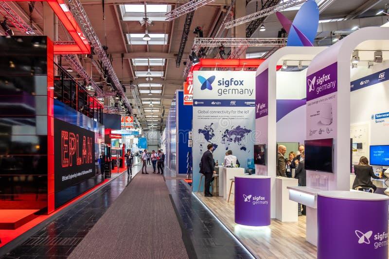 Hannover, Germania - 2 aprile 2019: EPlan sta visualizzando le nuove innovazioni a Hannover Messe fotografia stock libera da diritti