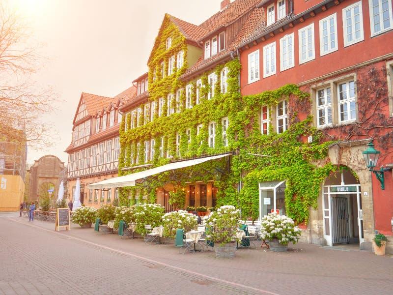 HANNOVRE, ALLEMAGNE - 8 MAI 2017 : Architecture de café de rue, Hanovre, Allemagne image stock