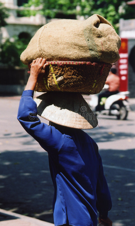 hanoi kvinnaarbetare arkivbild