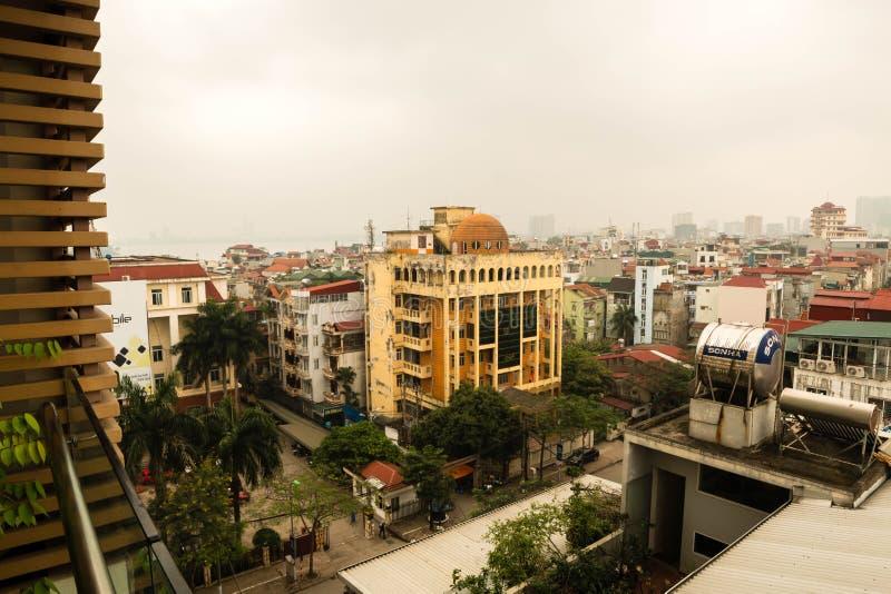 Hanoi, Vietnam - 2 aprile 2019 Vista aerea di paesaggio urbano di Hanoi a tempo di tramonto fotografia stock libera da diritti