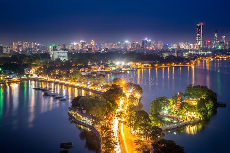 Hanoi Vietnam vid natt royaltyfri bild