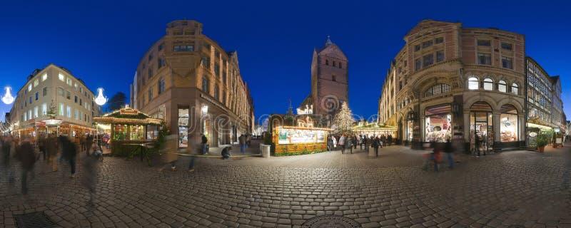 HANOVER, DUITSLAND - NOVEMBER 29, 2011: Traditionele Kerstmismarkt in oud Hanover stock foto's