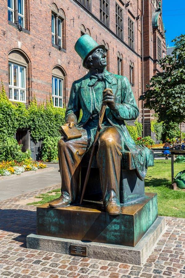 Hans Christian Andersen-standbeeld in Kopenhagen, Denemarken stock afbeelding
