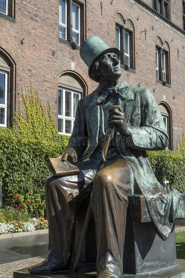 Hans Christian Andersen Statue - Köpenhamn - Danmark royaltyfri foto